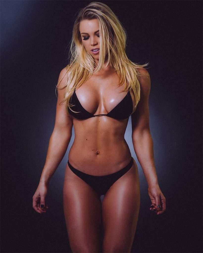 cleavage Young Lauren Drain naked photo 2017