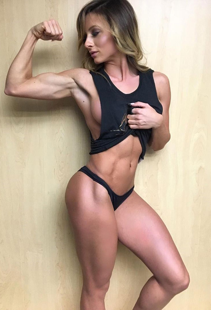 How tall is paige hathaway