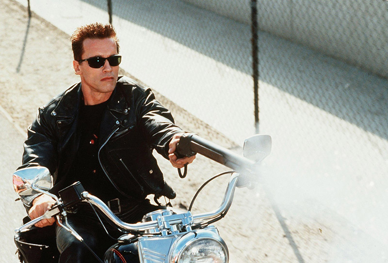 terminator-2-judgment-day-terminator-2-judgment-day-arnold-schwarzenegger-arnold-schwarzenegger-the-terminator-a-man-actor-bike-shotgun