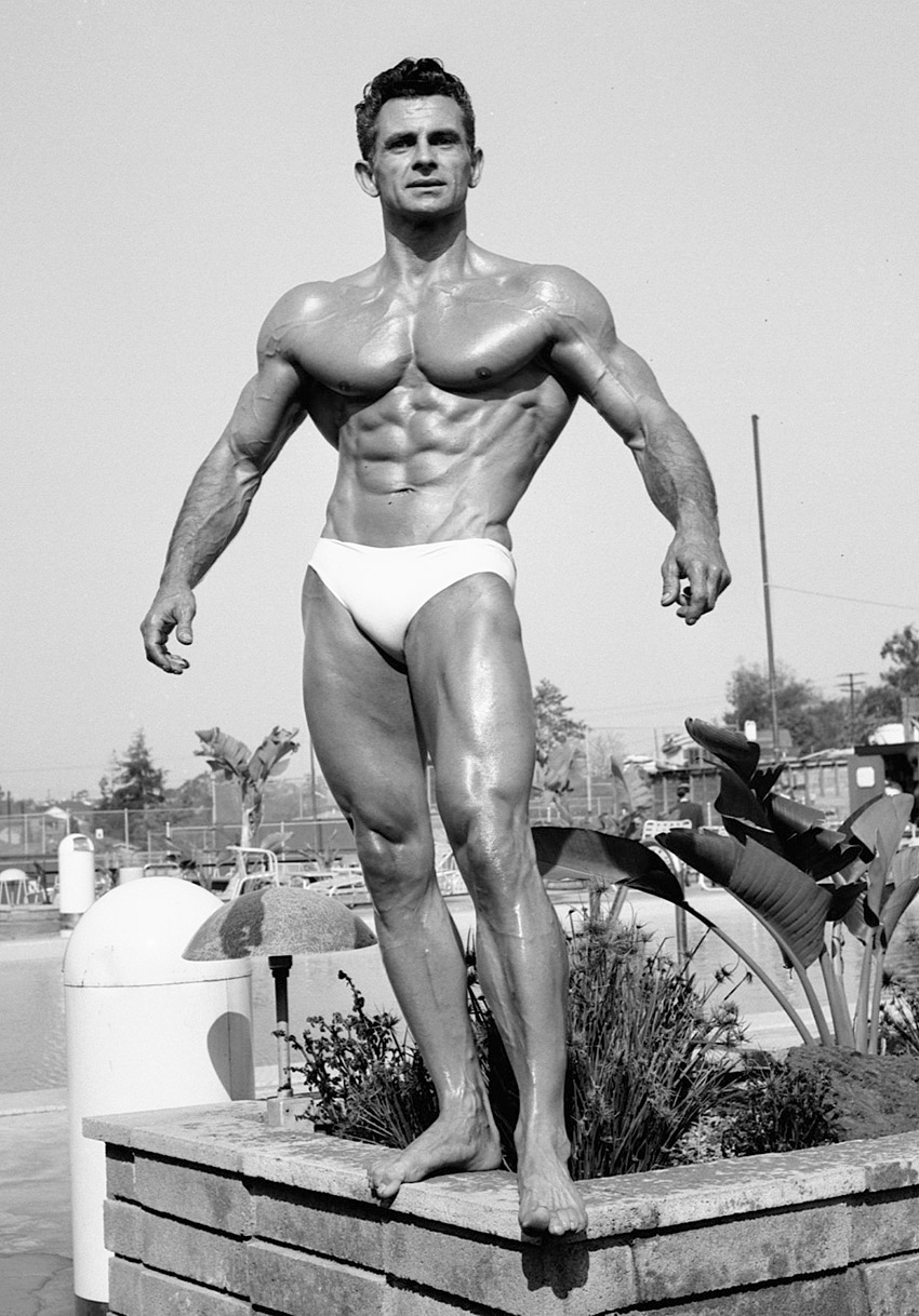 famous bodybuilders before steroids