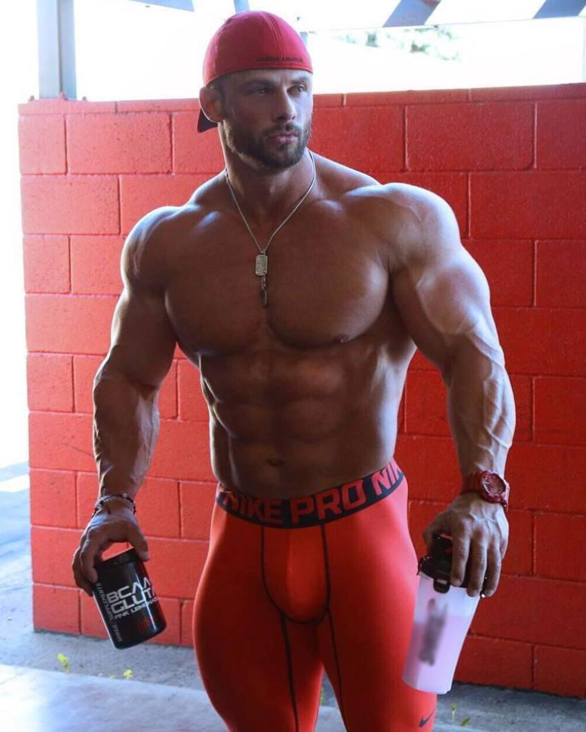 Big ass muscle men