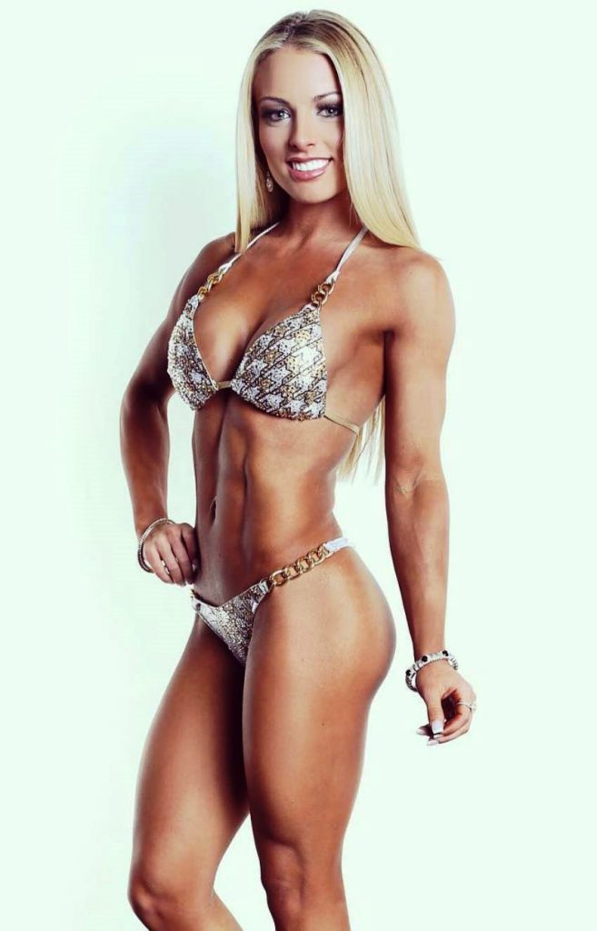 Amanda Saccomanno Age Height Weight Images Bio
