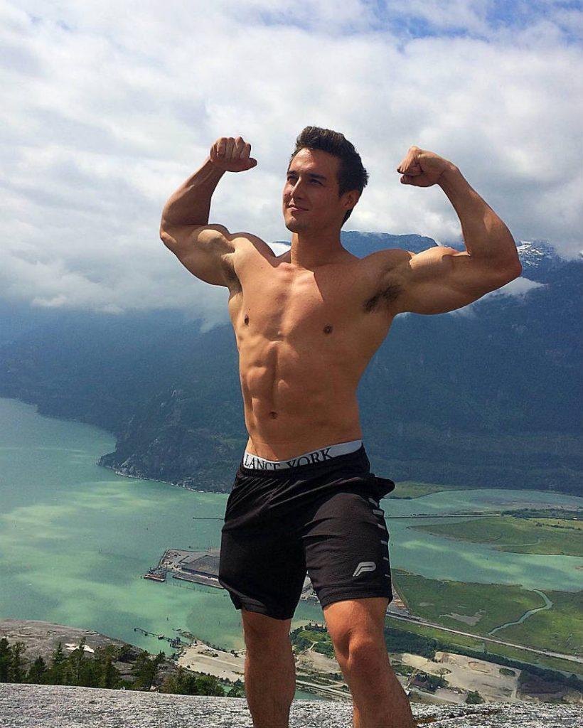 Justin DeRoy