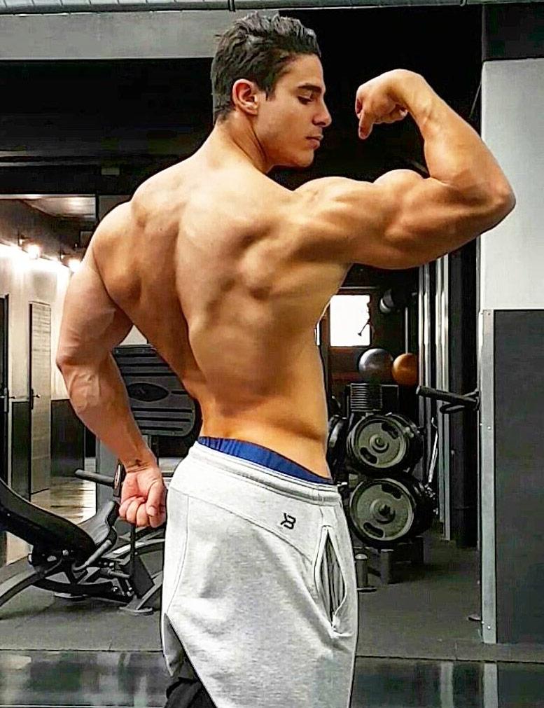 Loic Zine - Age | Height | Weight | Bio | Stats