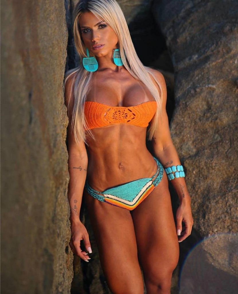 Sensual dance in bodybuilding figure competition bikini - 3 6