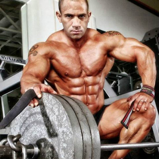 amit sapir with barbell