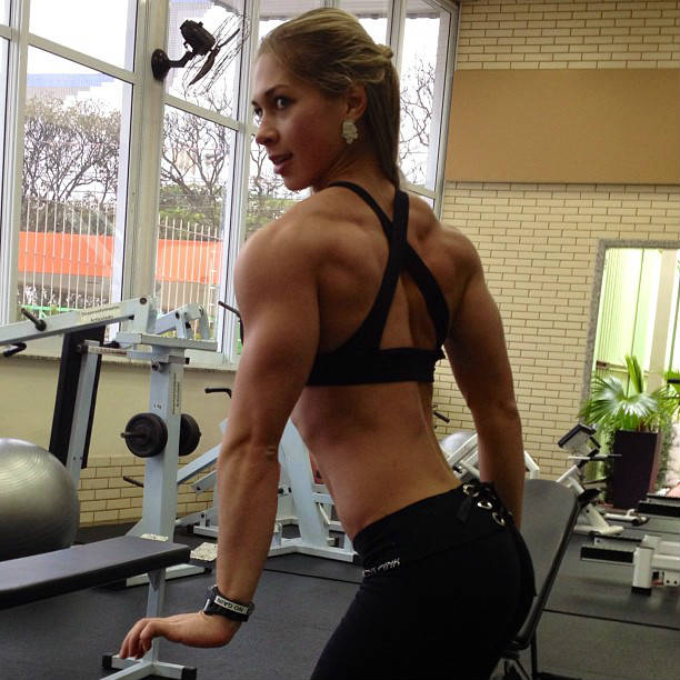 leticia rapucci shoulders