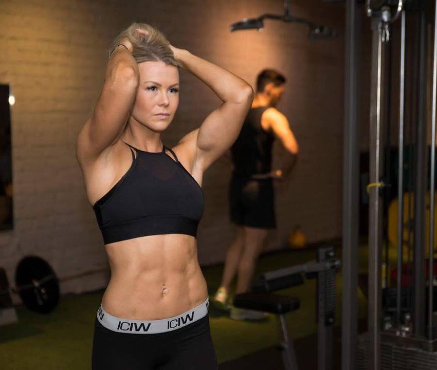 lina spansk in the gym