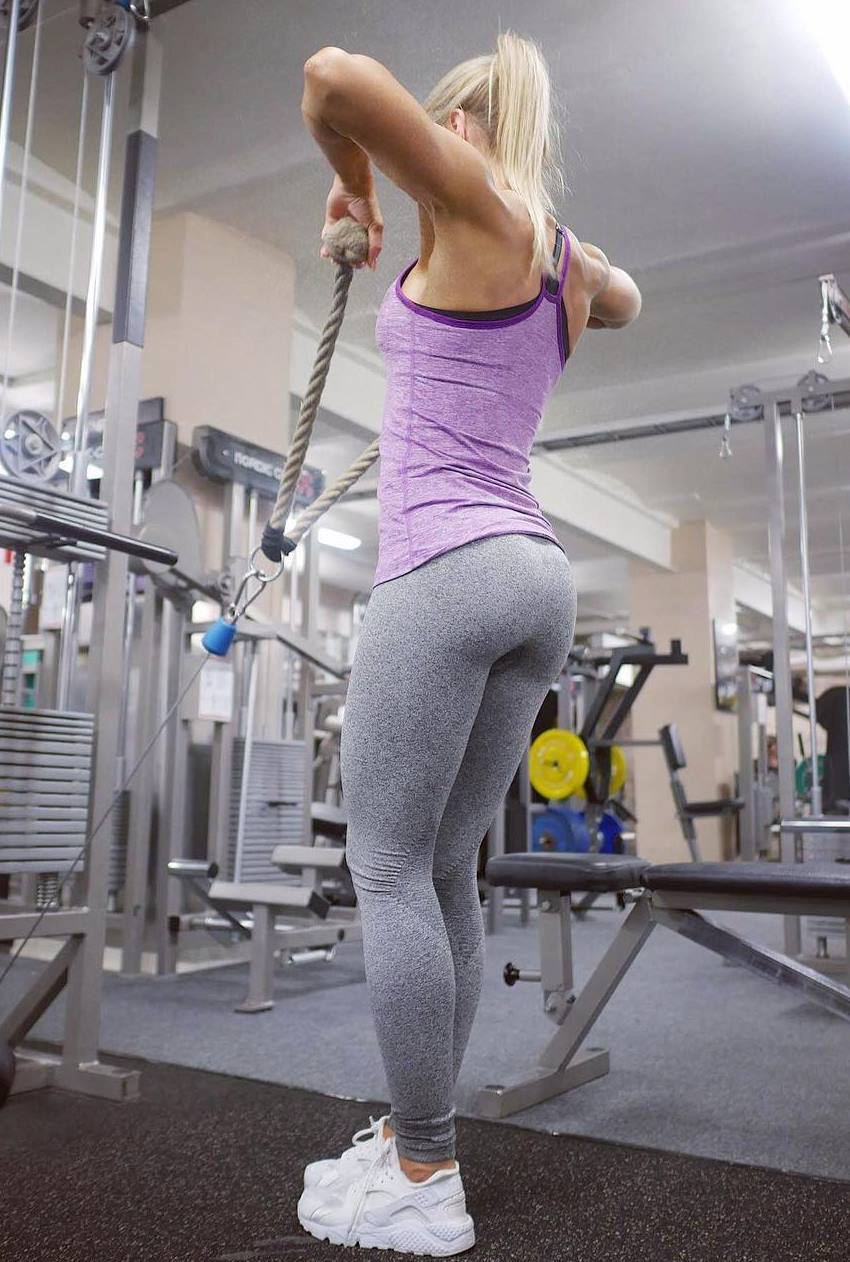 lina spansk glutes and legs