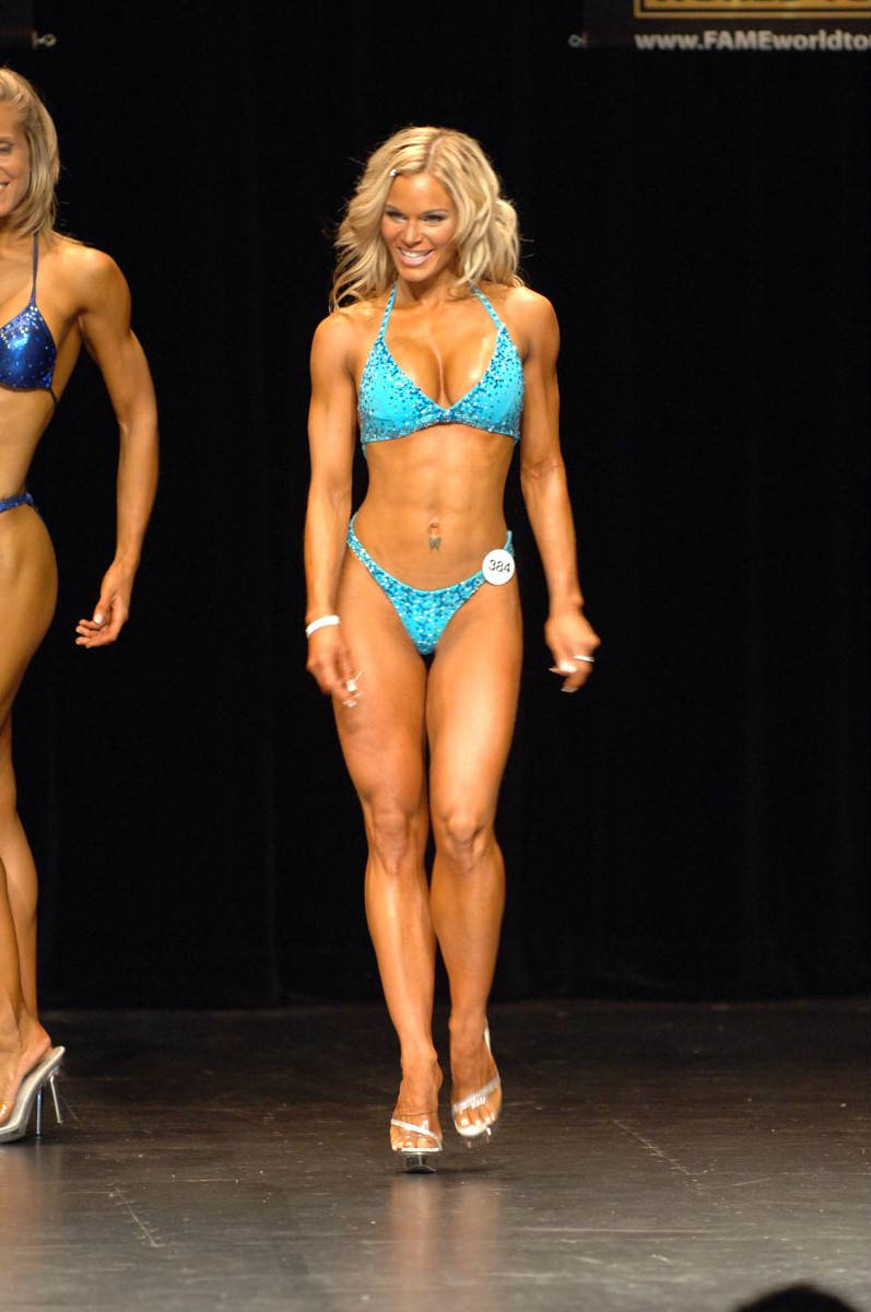 michele levesque competing