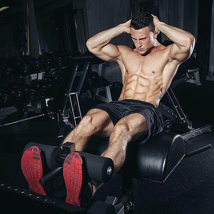 sebastian mansla leg workout