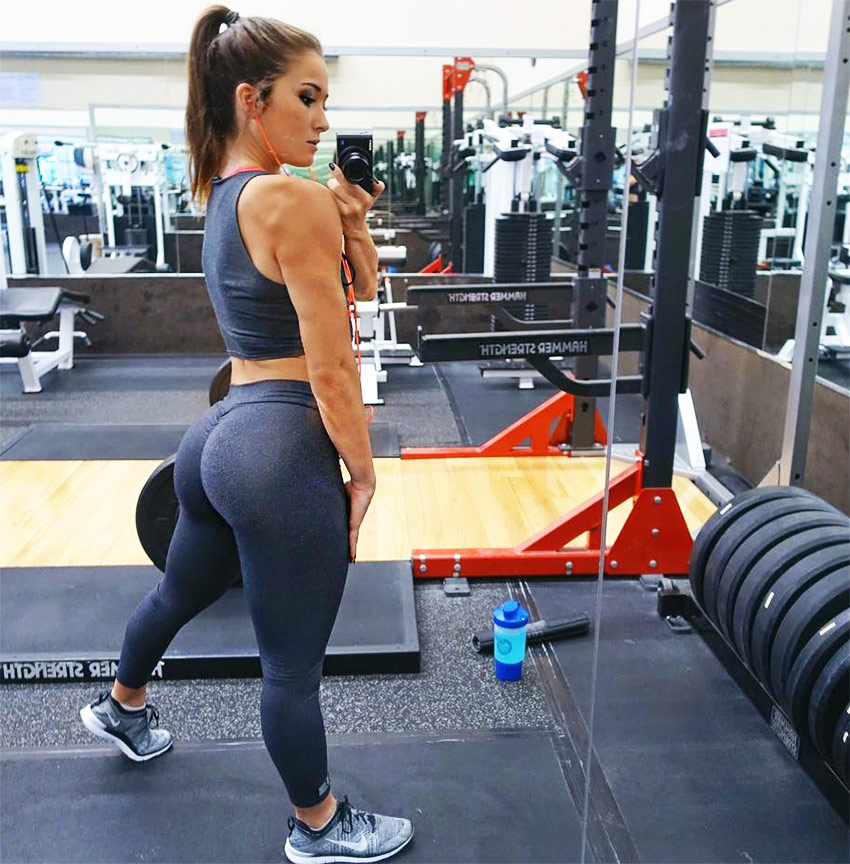 Ally-Stone-training-in-the-gym,-displaying-her-glutes-and-legs---booty