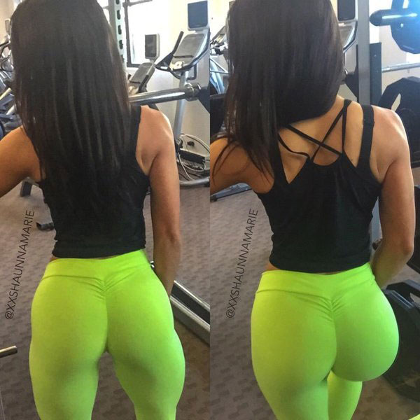 Shaunna Marie wearing green gym trousers showing off her large glutes