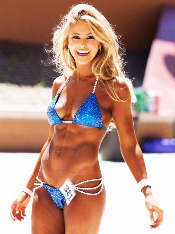 alex-silver-fagen-profile-picture-in-a-bikini