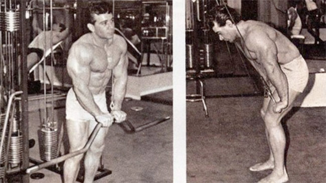 freddy-ortiz-performing-exercises-for-a-workout-routine