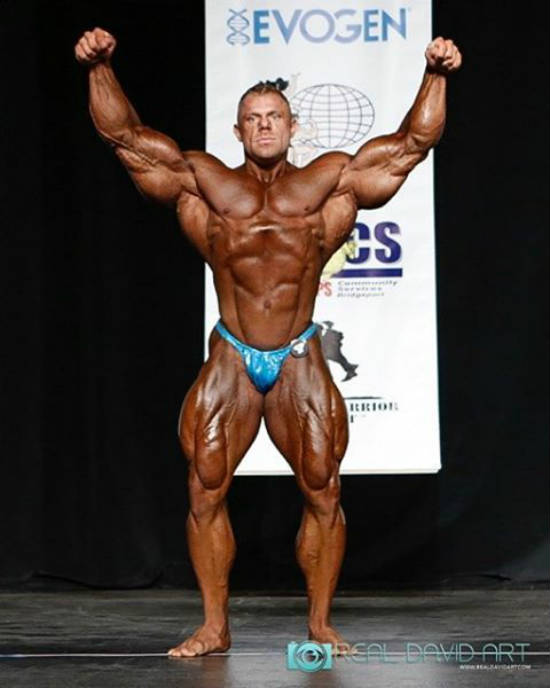 justin ccompton winning a competition