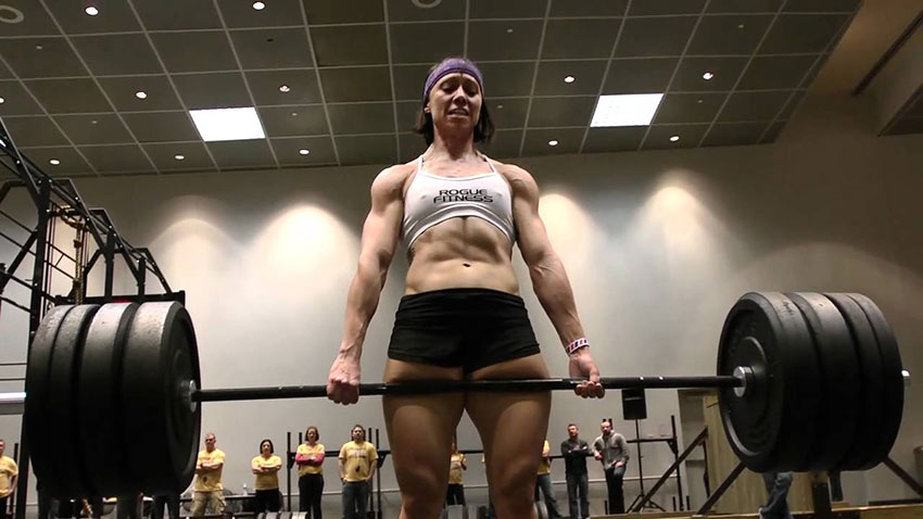 Miranda Oldroyd doing a deadlift looking strong and muscular