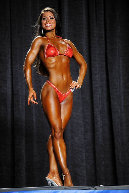 Tara LaValley competes in her first competition, showing her toned core and strong arms