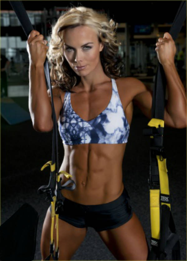 Allison Ethier showing her ripped abs and toned biceps
