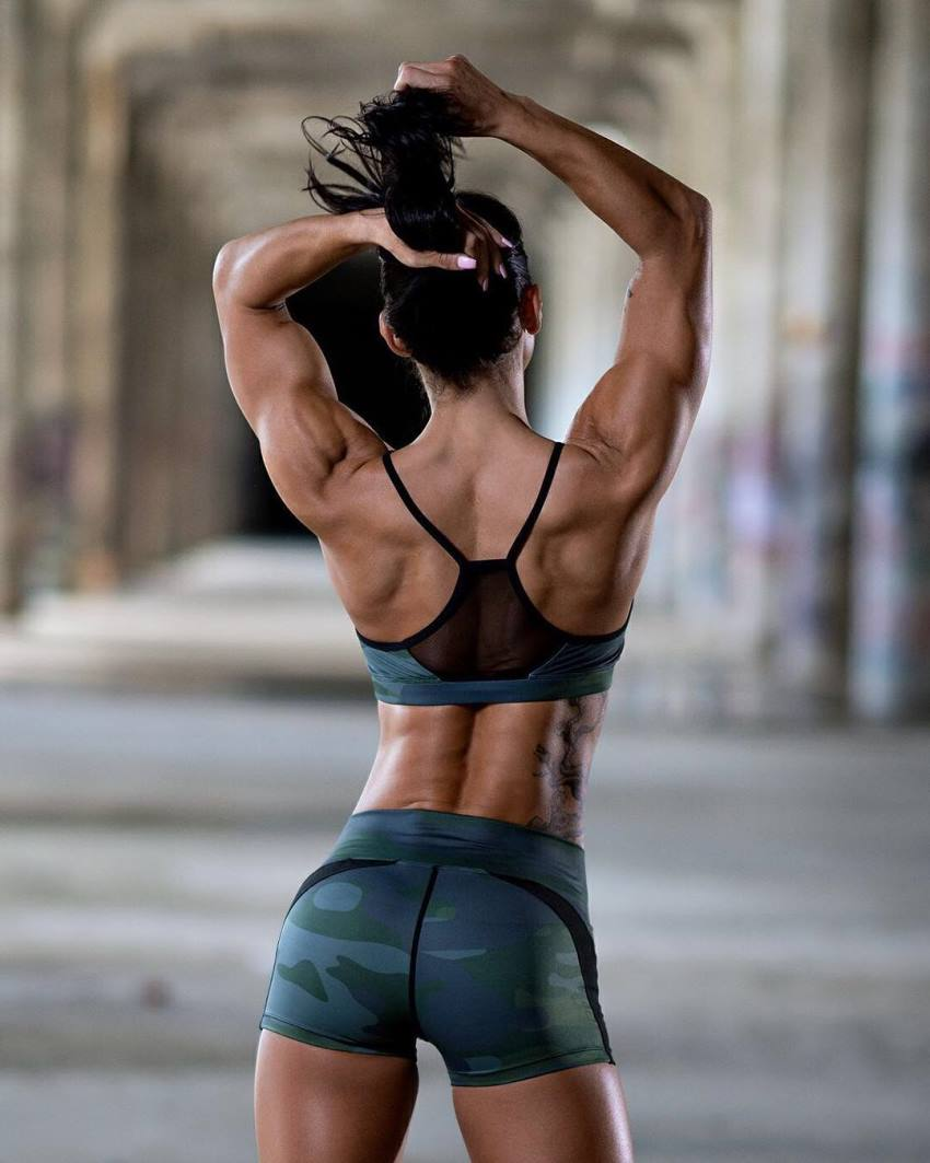 Backshot of Lori Slayer's awesome and muscular back and arms