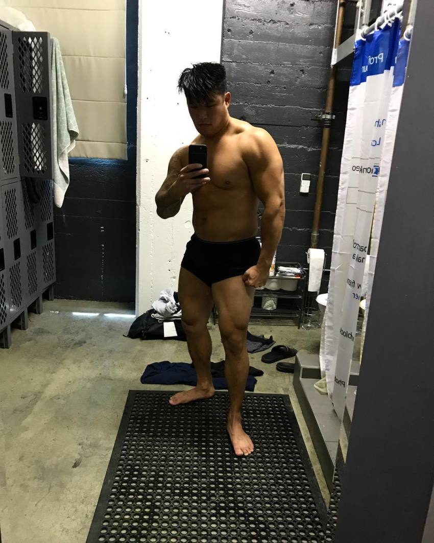 Bart Kwan taking a selfie in a gym locker room