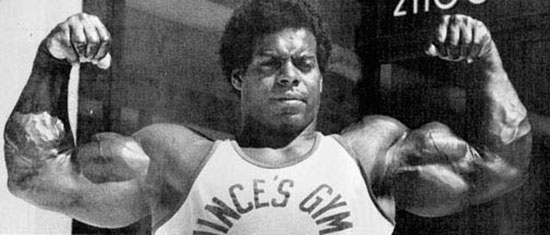 Bill Pettis in his prime flexing his huge arm muscles.