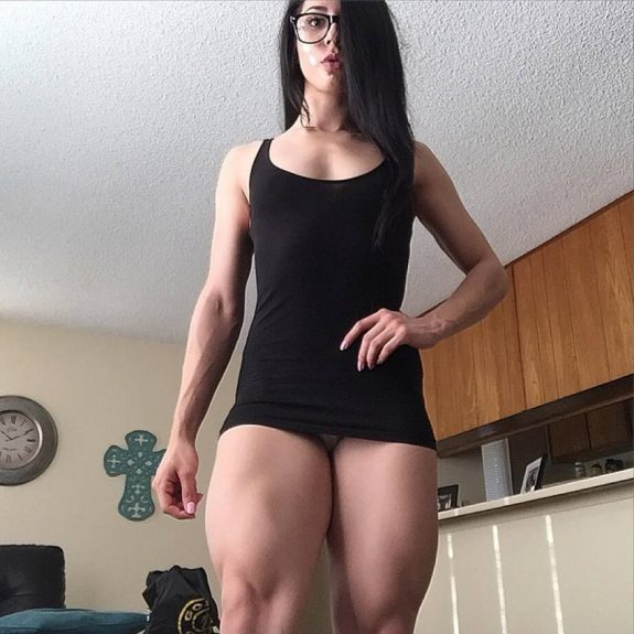 Jennifer Sue flexing her legs for the camera