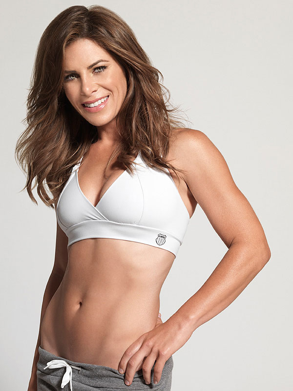 Jillian Michaels showing off her abs.