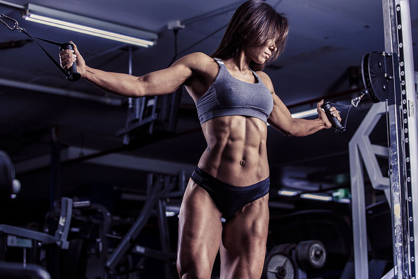 Flavs Basile showing off her ripped abs in a photo shoot.