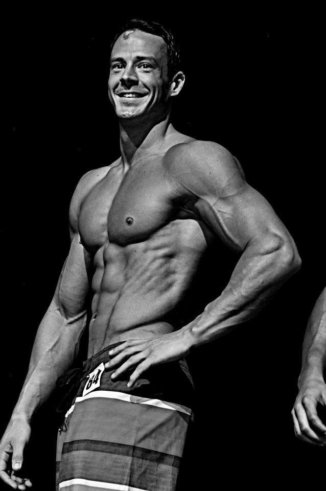 Jeremy Scott on the bodybuilding stage.
