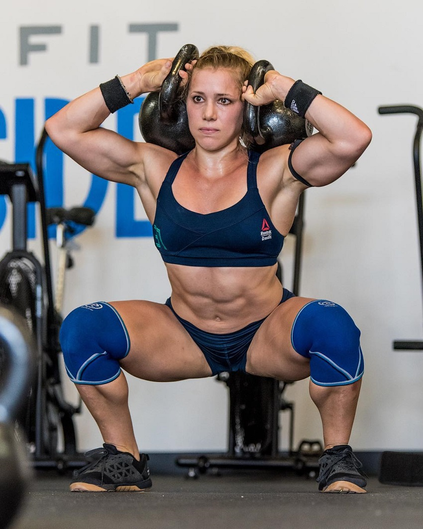 Alexis Johnson performing an exercise in CrossFit training