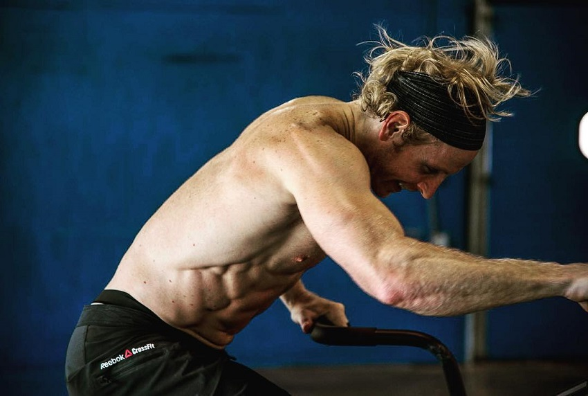 Graham Holmberg working out during a CrossFit training session