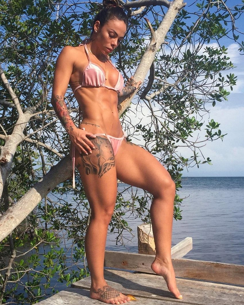 Angelica Fernandez posing in her bikini looking lean and toned