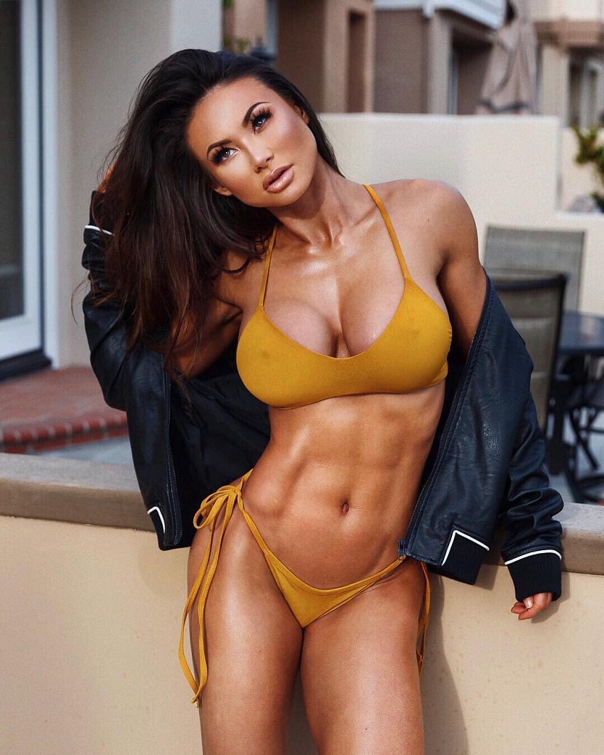 Michie Peachie displaying her toned and lean abs in a photo shoot