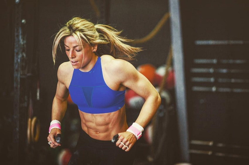 Tiffany Szemplinski training for CrossFit looking fit and lean