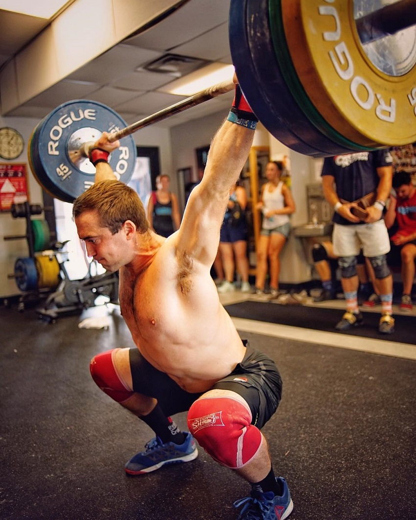 Ben Smith performing the Snatch