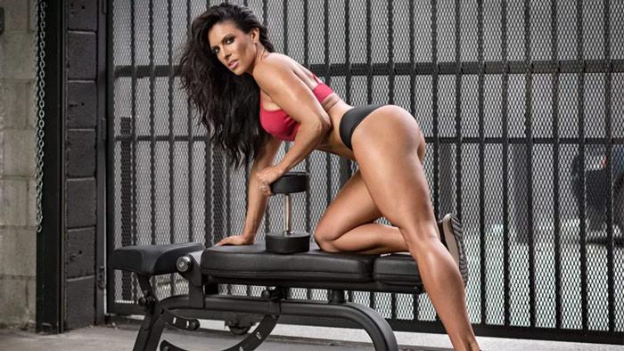 Amanda Laytona utilizes complex carbohydrates as a bikini model in her diet