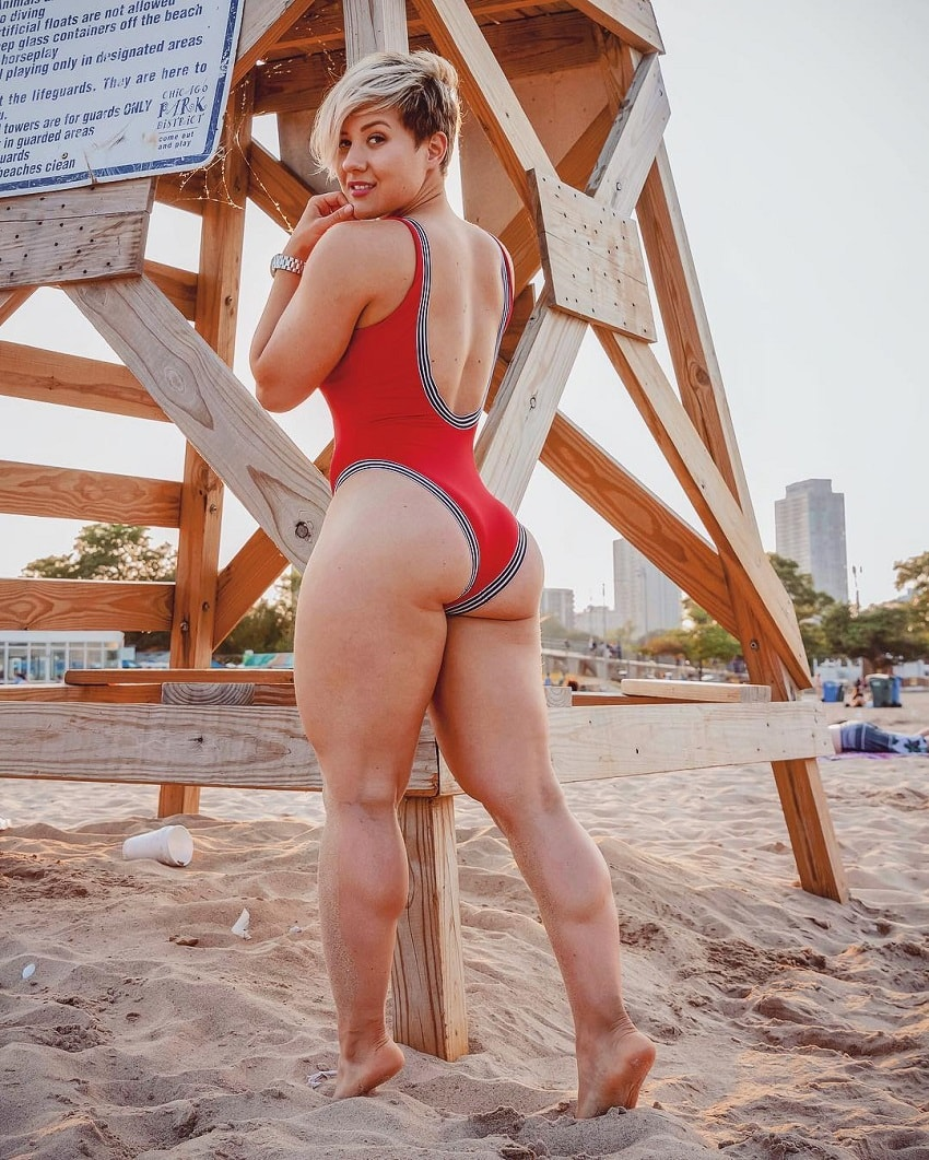 Elena Soboleva showing off her curvy body on the beach