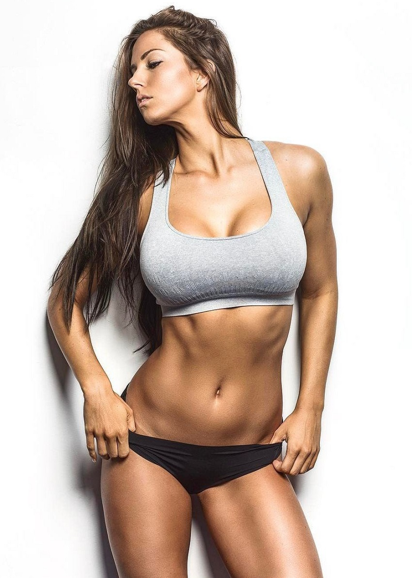 Janna Breslin posing as a fitness model during a photo shoot
