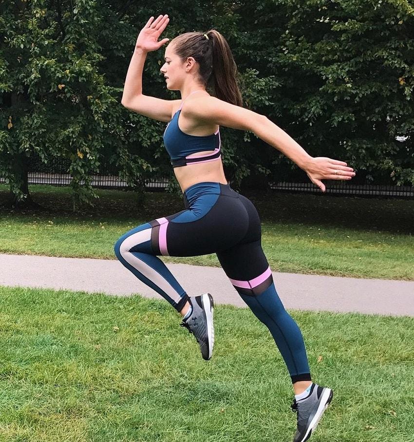 Molly Teshuva running outdoors in her sportswear