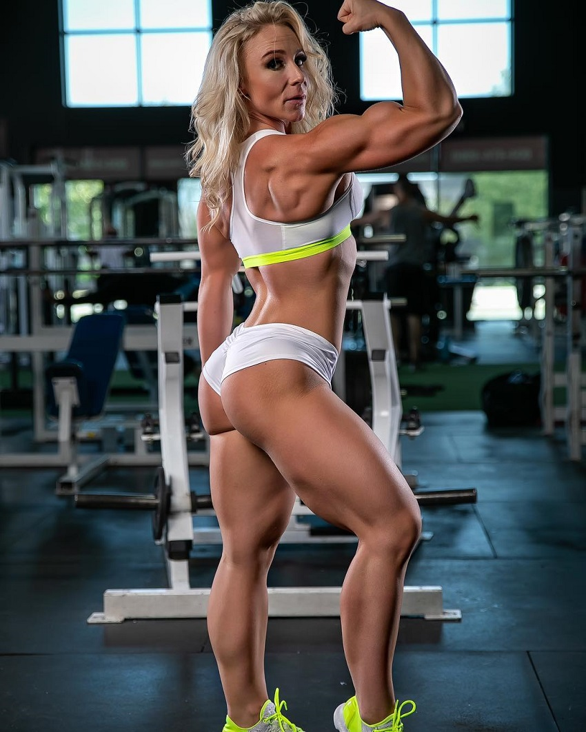 Jazmin Gillespie flexing her strong arms for the photo