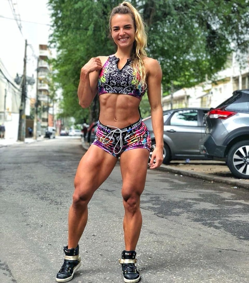 Vanessa Garcia looking toned and fit on the street