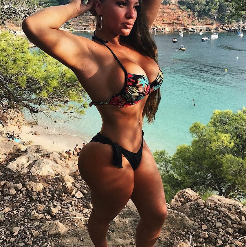 Gabriela Anova posing in a swimsuit looking fit and lean