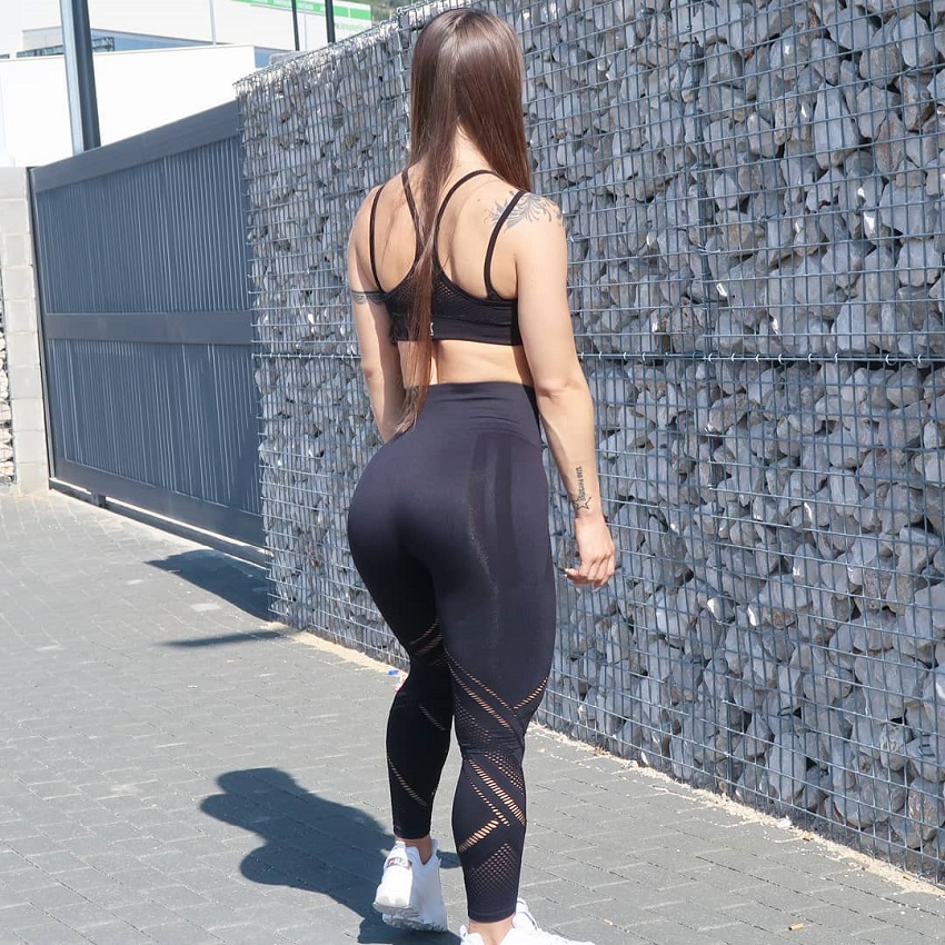 Olena Starodubets posing for the photo showing off her curvy glutes