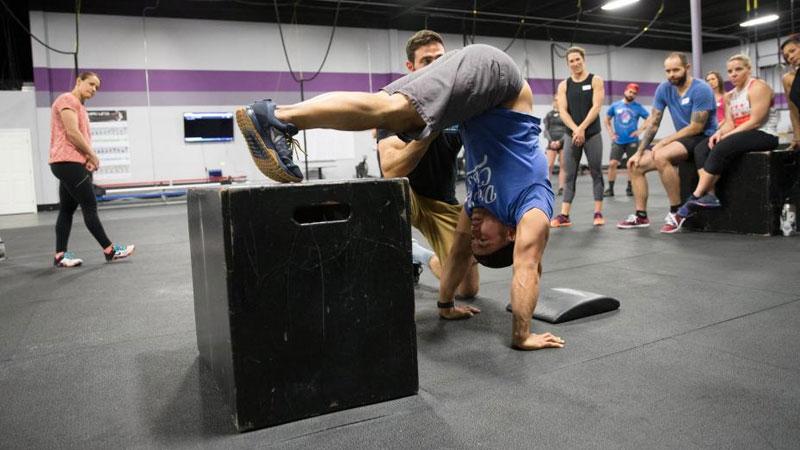 Pike-push-ups