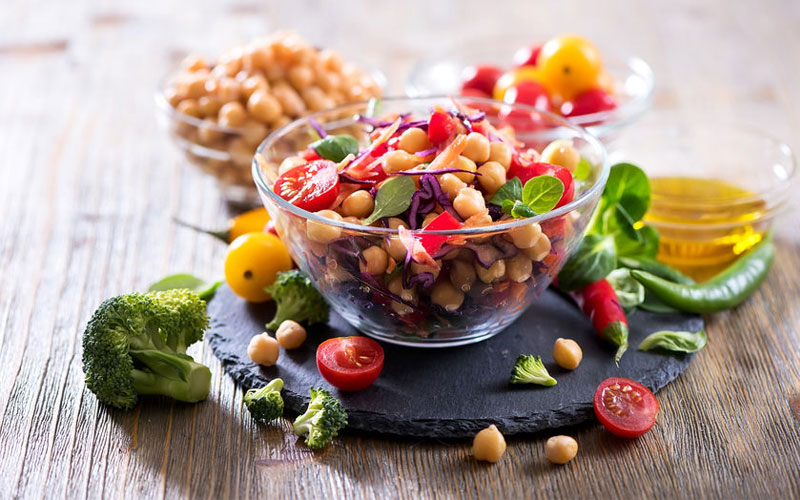Vegetarian-chickpea-salad