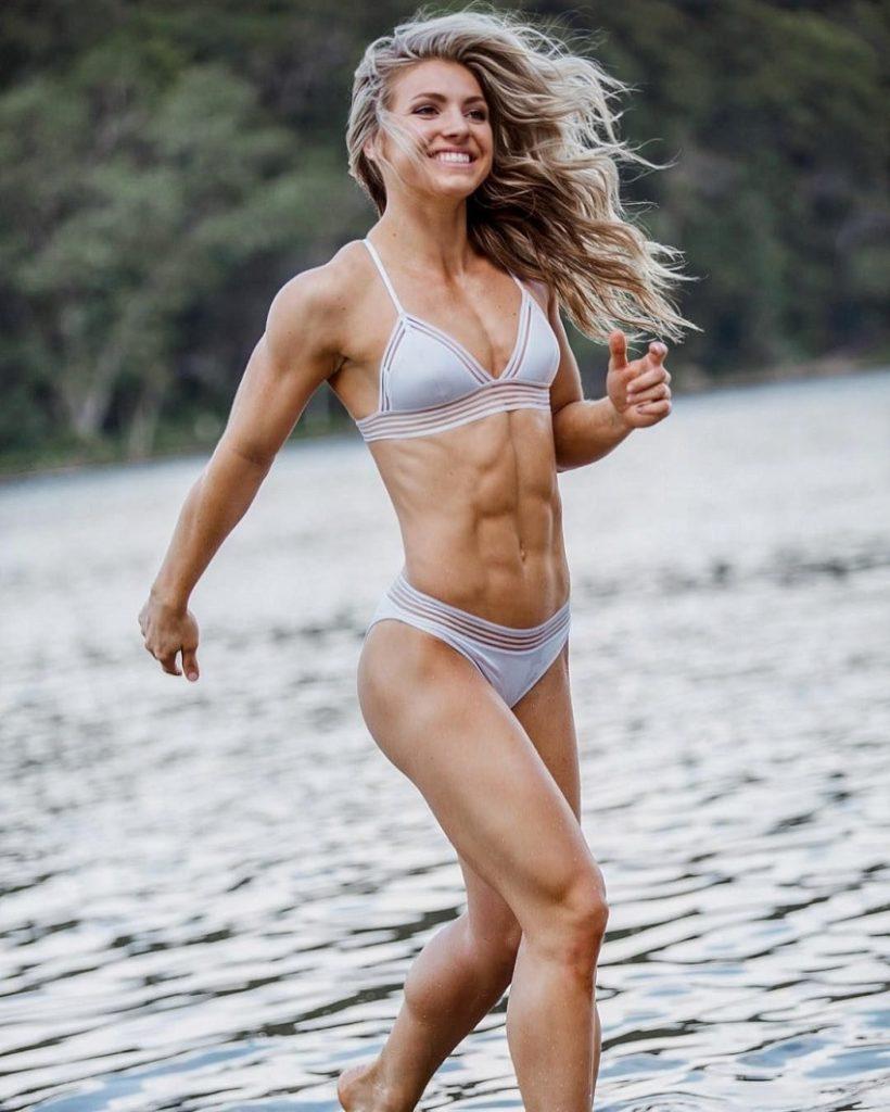 Claire P Thomas