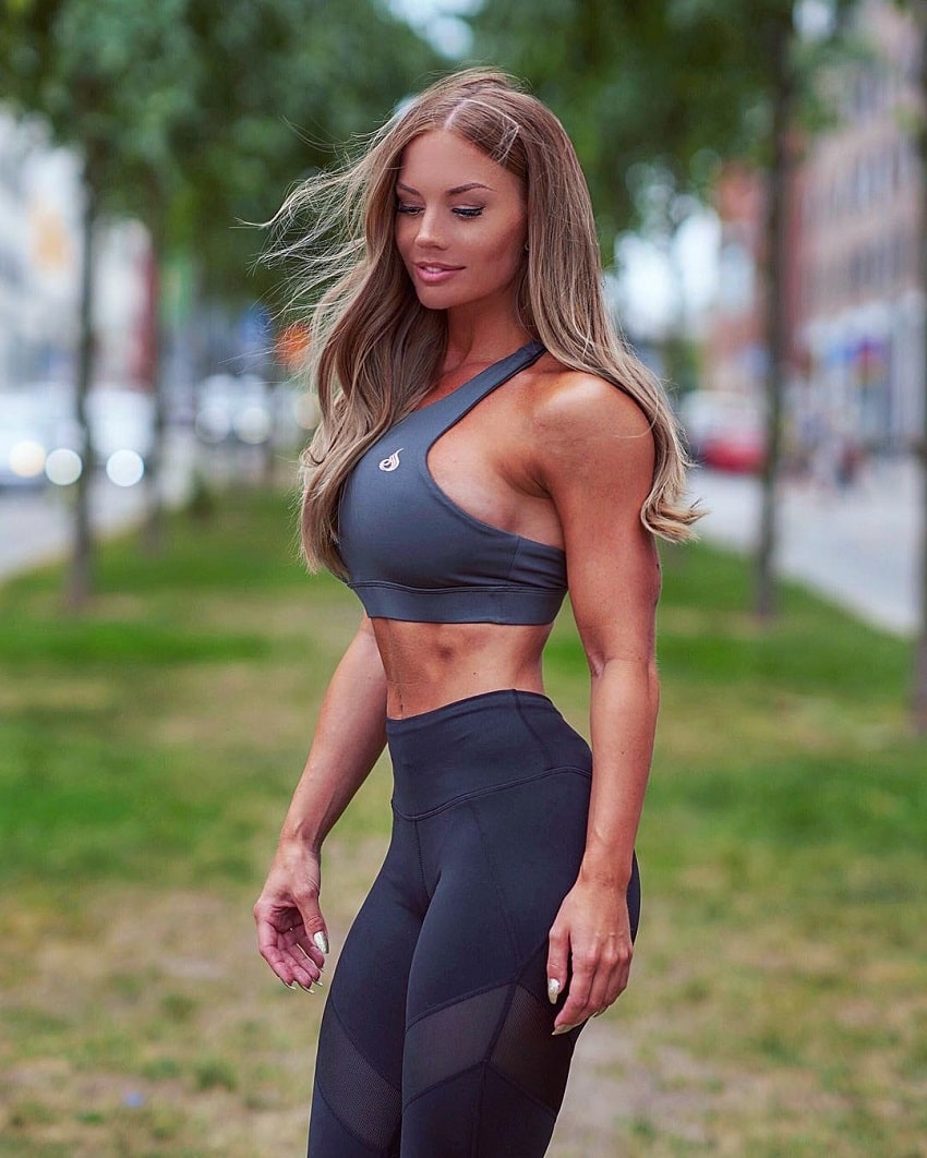 Elin Hedstrom posing outdoors in sportswear looking fit and lean