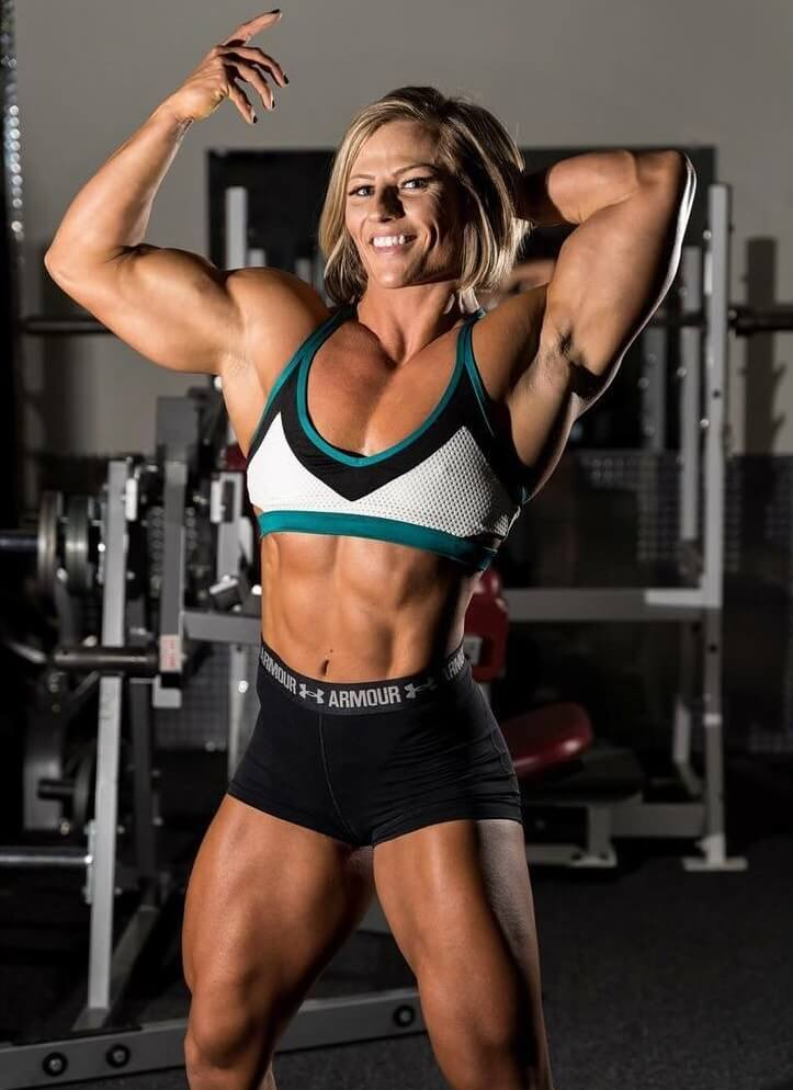 Brooke Walker posing in a professional photo shoot in the gym