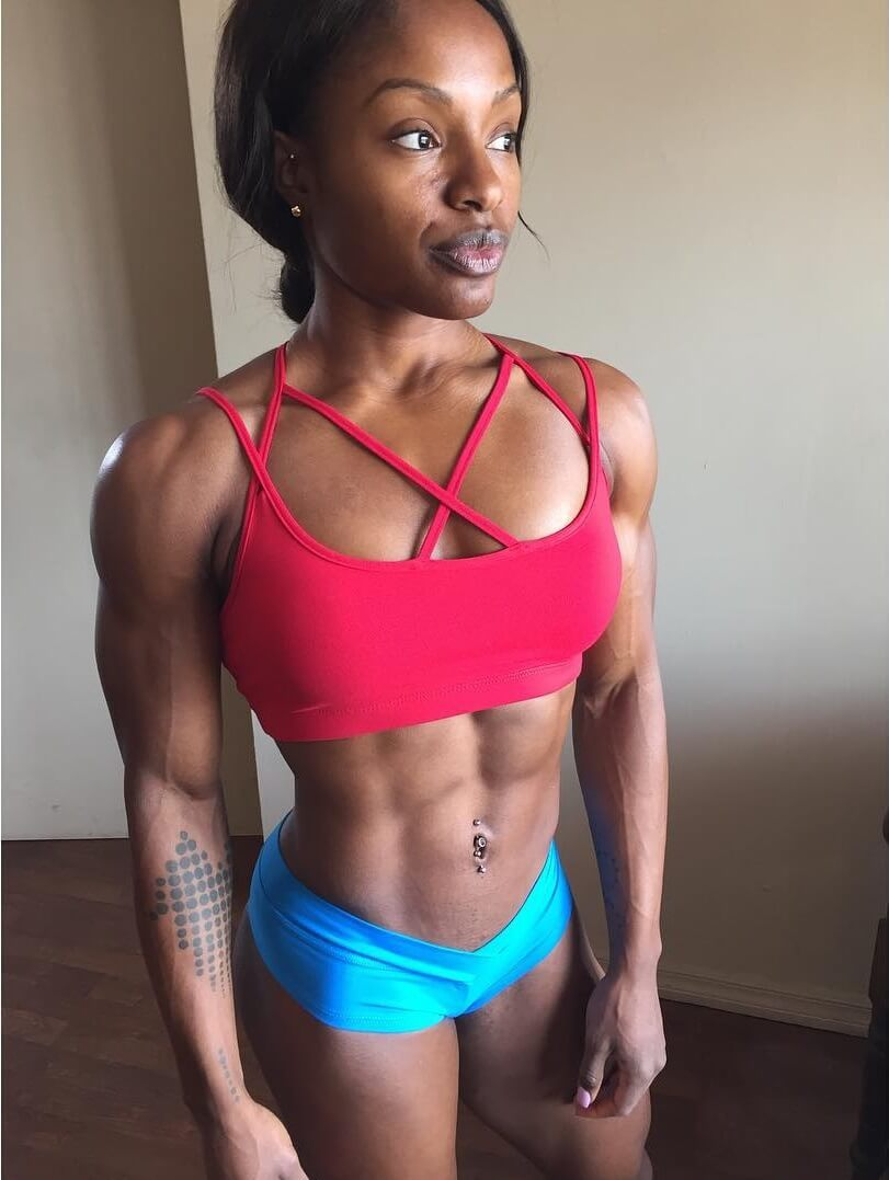 Cydney Gillon showcasing her toned and lean body for the photo